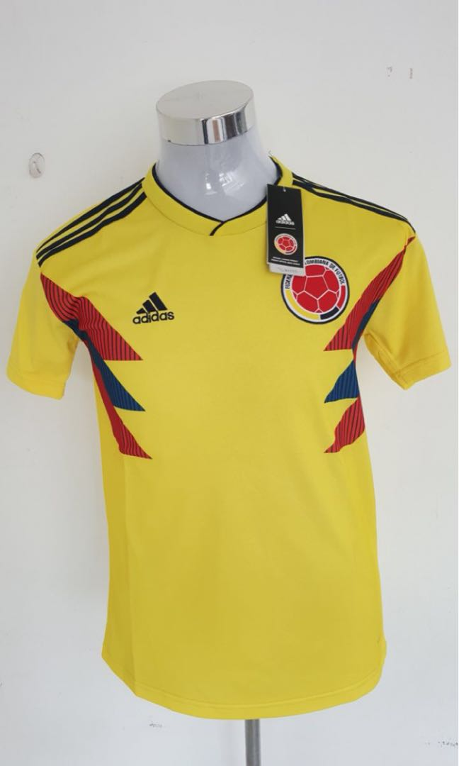 6f68328888c Colombia home kit Jersey Player issue   Copy Ori