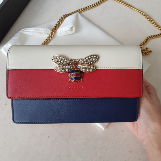 c251bd8914a Gucci Queen Margaret Bee Wallet on chain WOC bag