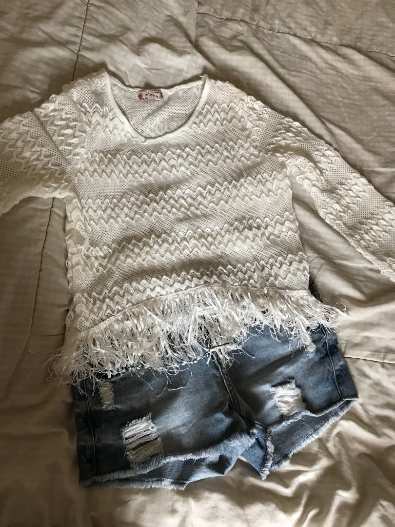 Knit White top Atasan Putih Rajut