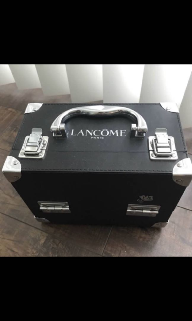 Lancôme makeup box