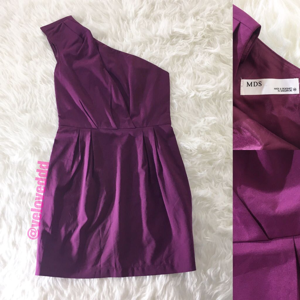 *Mds one shoulder purple dress