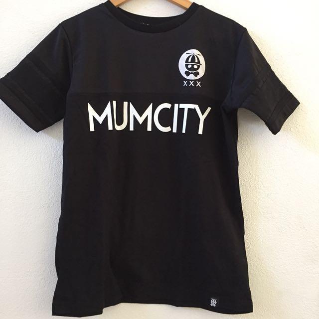 Mumma's Boy Black Basic Shirt