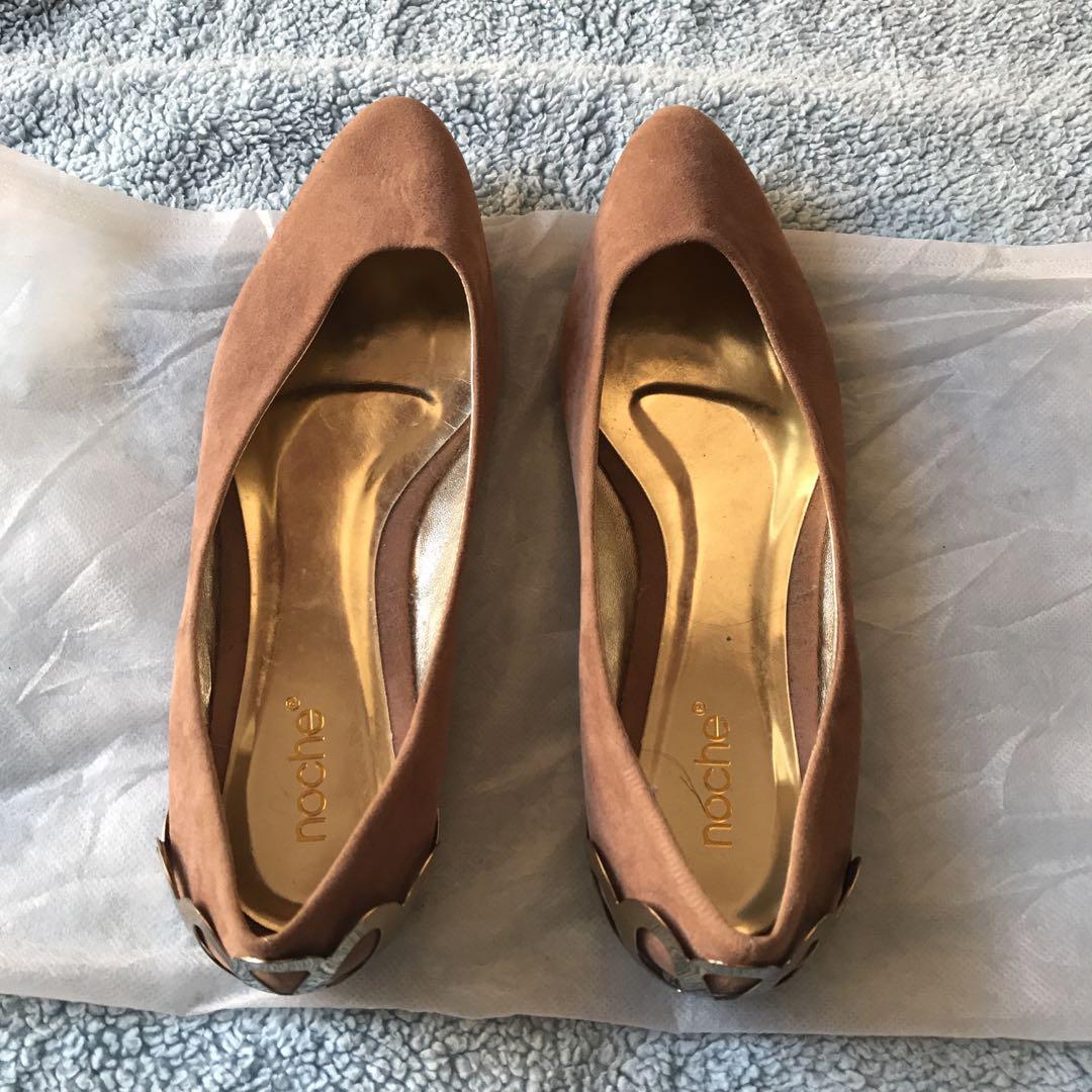Noche sepatu flat, flat shoes