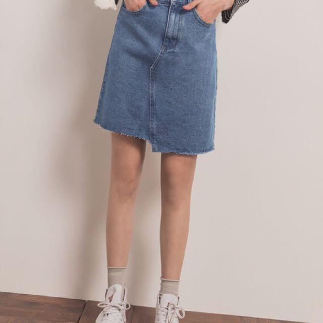 Pazzo經典刷色牛仔短裙 韓版不對稱刷破牛仔裙