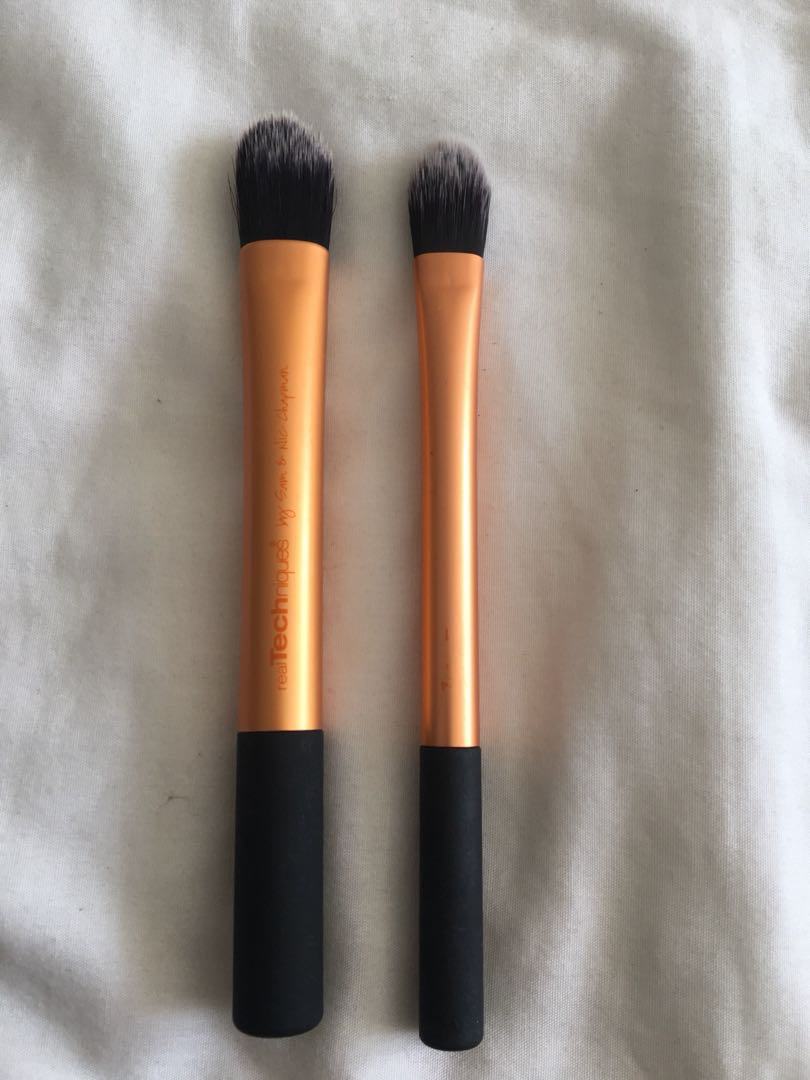 Real techniques paddle brushes