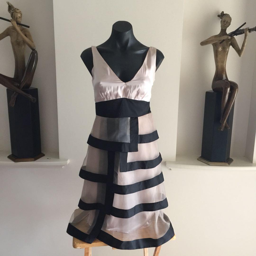 (S) JAQUEI E SUPER ELEGANT DRESS