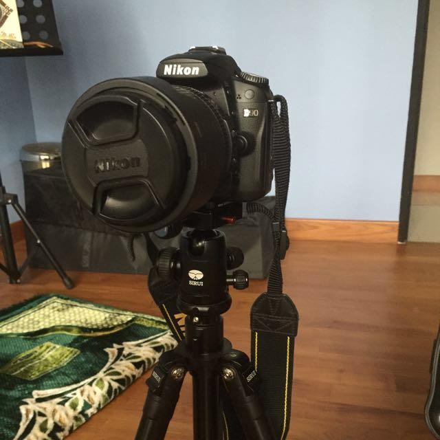 Selling Nikon D90 Full Set With Extra Len