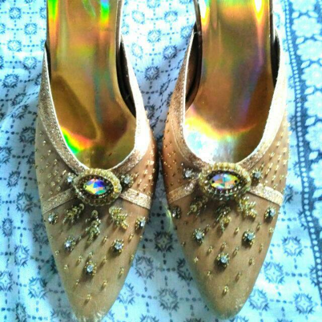 Sepatu Undangan 39