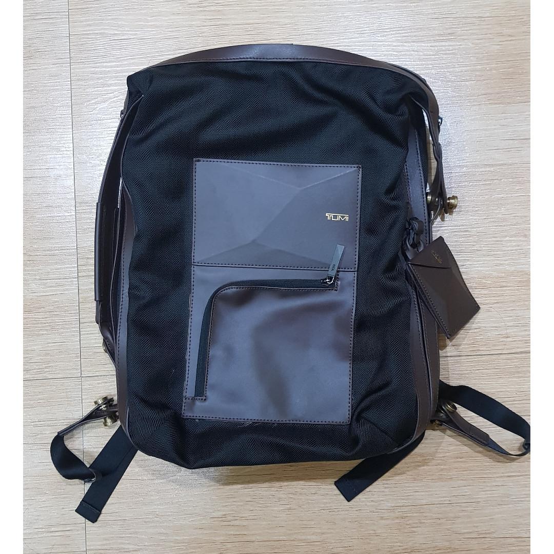 tumi mens back pack handbag