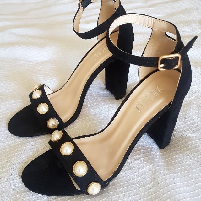 Verali Pearl Studded Heels Size 38 (7)
