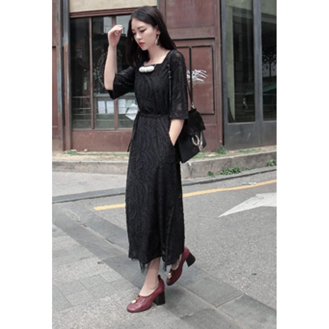 VM 現貨*優雅 日本進口暗紋立體貼花 氣質款 黑色連身裙