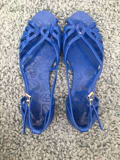 Adult jelly sandals size 8 fits 8.5