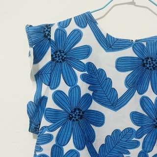 藍色花朵雪紡上衣