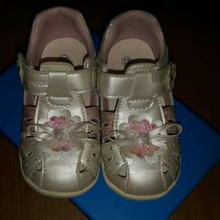 DR. KONG 女童鞋珠光白