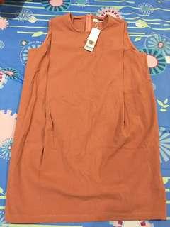 挺感棉麻內打摺口袋橘粉洋裝