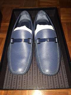 Prada driving shoes saffiano loafers 只穿過一次 接近全新狀態