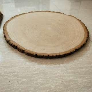 Round wood piece