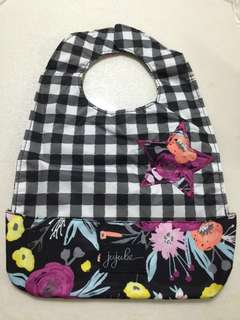 Jujube Black and bloom be neat
