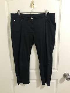 ‼️衣櫃出清‼️Mango 黑色7分褲
