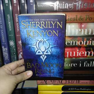 2books Sherrilyn Kenyon Bad Moon Rising Unleash The Nigh MMPB (sold as set)