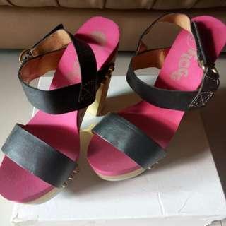 High heels FLOGG like new