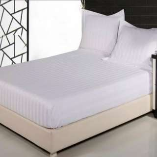 WHITE BEDSHEET SET-cotton