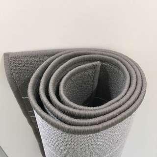 IKEA hulsig 地毯