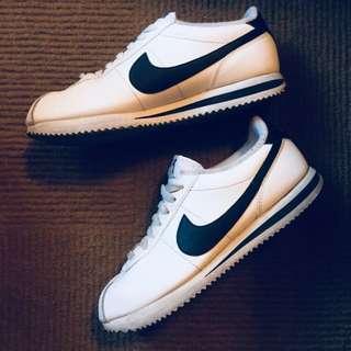 Nike 黑白 阿甘鞋