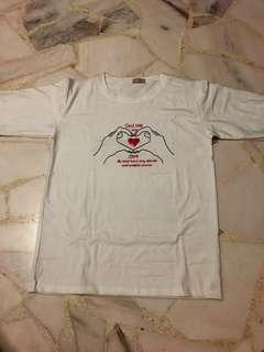Korean Finger Heart Tshirt