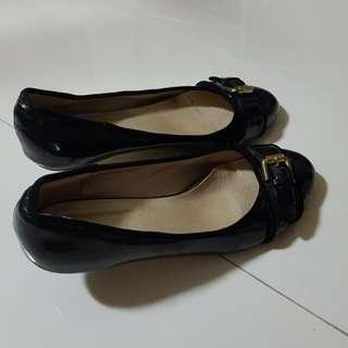 OFFER $5 !!! Black Heel Shoes