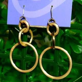 二手未使用日本claire`s耳環