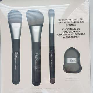 Quo Professional Charcoal Brush Set with Sponge