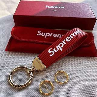 🔥 Supreme 🔥 皮革鑰匙圈