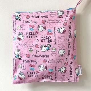 Snap Wetbag Made with Fabric from JPN,  SANRIO ** Color coordinating Zipper. Trusted zipper brand: YKK *FOC Normal Post. Hello Kitty