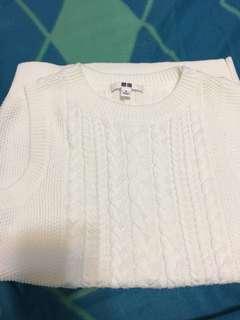 Authentic Uniqlo white Vest 白色背心冷衫!100%new!全新!