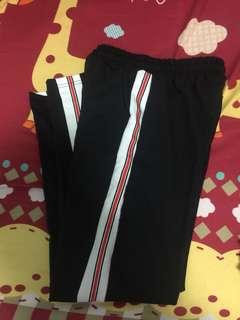 側條紅白線黑色運動長褲