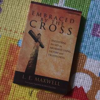 Max Lucado - Embraced by the Cross