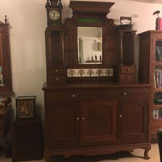 Dressing Table ( rare ) exclude clock and iron