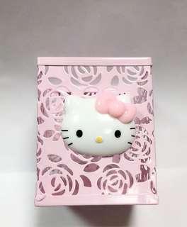 {瑕疵品}Hello Kitty 筆筒