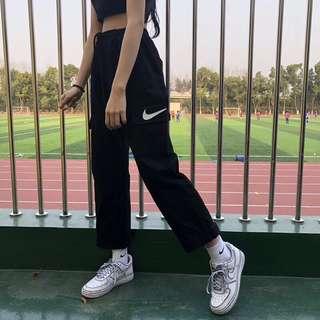 Nike 束口工裝褲m-xl 軍綠 黑 兩色