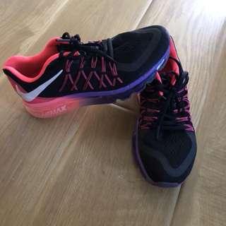 Nike air size 8/EU 39