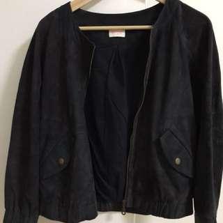 Full eather jacket ( thin) size 6