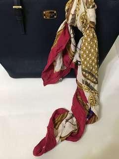 花紋絲巾 可綁包包上 搭襯衫也合適