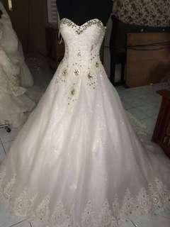 Saleee wedding gown
