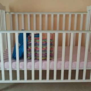 4 in 1 Baby Cot with Getha latex mattress