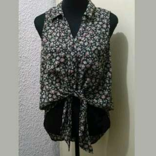 WA547 Xhilaration Floral Tie Front Blouse (Up to XL)