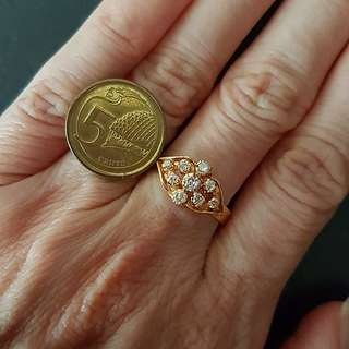 18k Diamond Ring - Vintage Peranakan