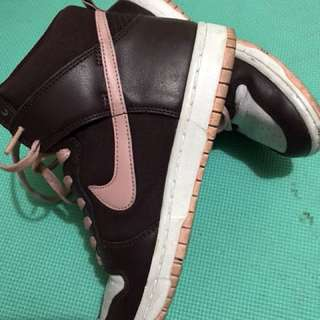 repriced!! nike dunks sky hi leather size 7