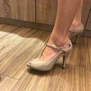 DAPHNE性感裸色9公分高跟鞋22.5