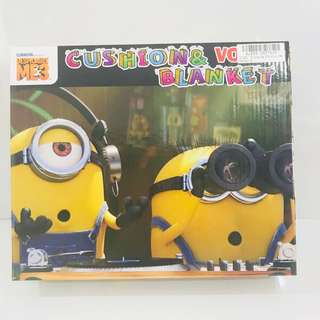 Minions cushion and blanket box